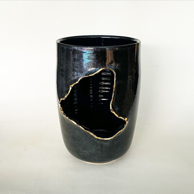 Destruction Vase 4