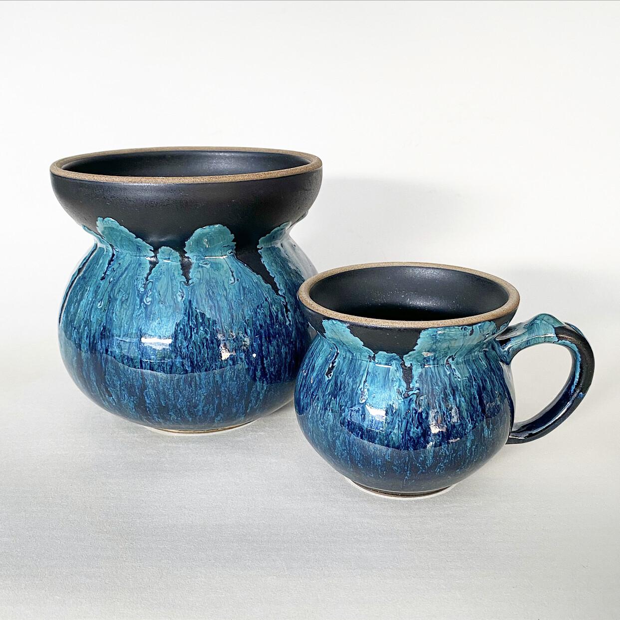 Upside down ocean glaze vase and mug set