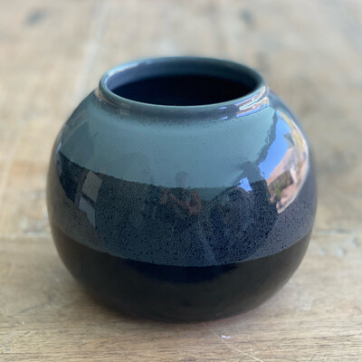 Small black and grey pot