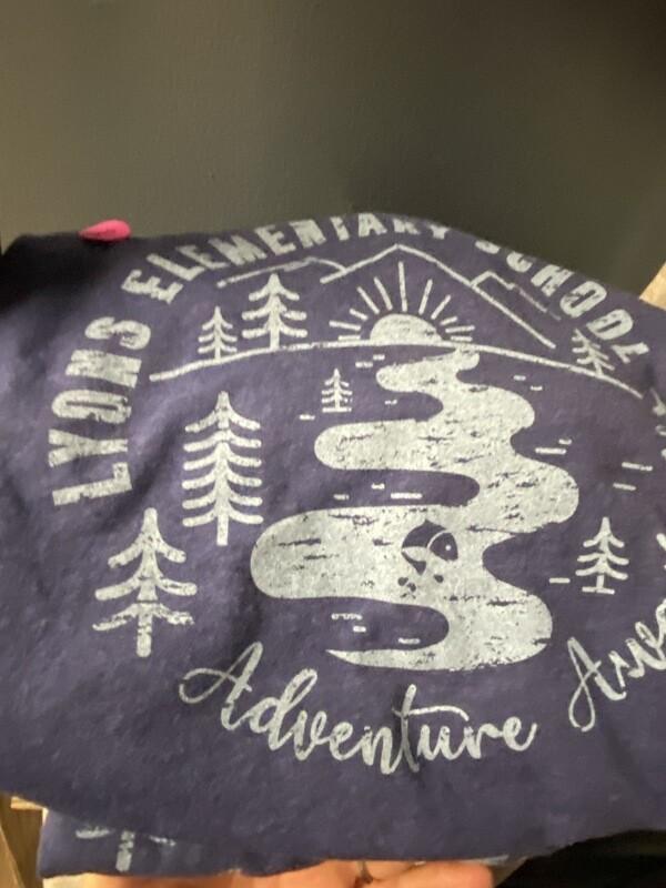 SS T shirt The Adventure Awaits