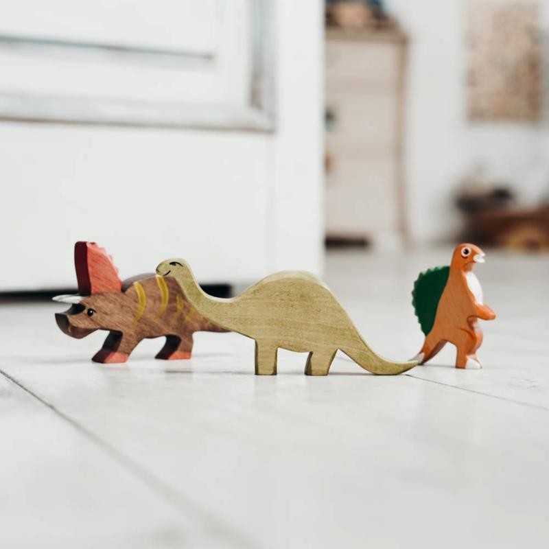 Dinosaur trio