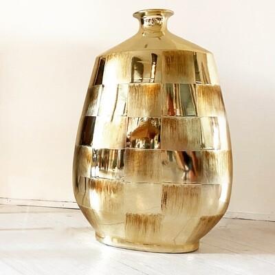 Vaso in vetro a forma di bottiglia incamiciato oro