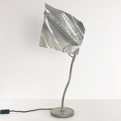 Lampada da tavolo inspirata a Cattelani & Smith