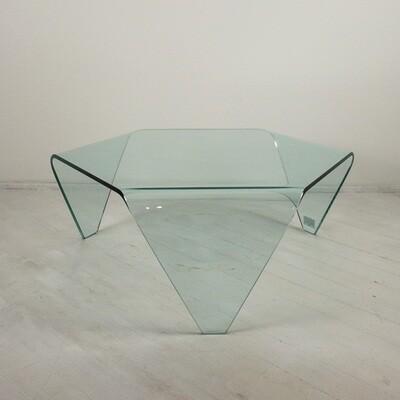 Tavolino esagonale in vetro curvato