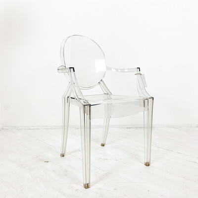 Poltroncina Kartell Louis Ghost design Philippe Starck