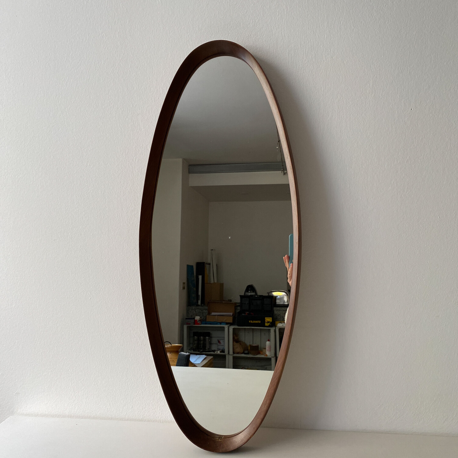 Oval mini mirror from the 1970s