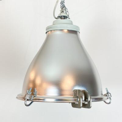 Suspension lamp in aluminum