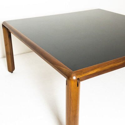 Model 781 table by Vico Magistretti for Cassina
