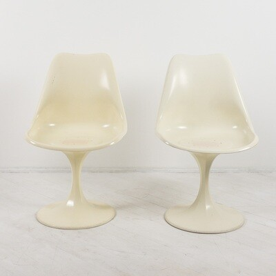 Pair of Tulip chairs produced in the 1970s