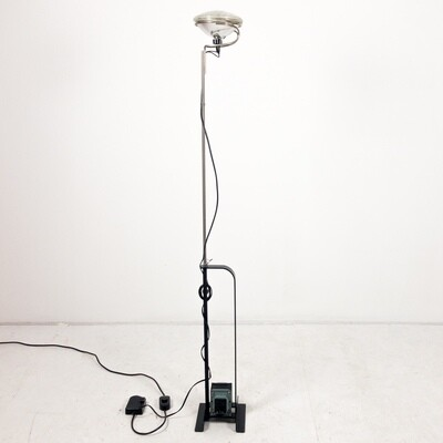 Italian Toio Design Floor Lamp by Achille & Pier Giacomo Castiglioni for Flos, 1962