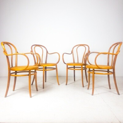 Set of 4 Thonet style chairs