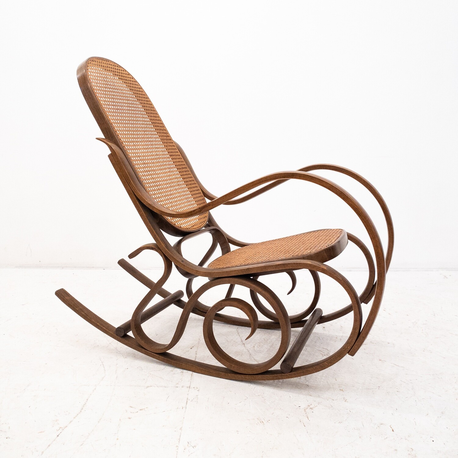 Thonet style wooden rocking chair