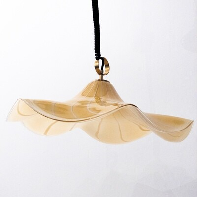 Pendant lamp in the shape of a hat in Murano glass