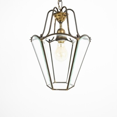 Suspended lantern in brass and glass