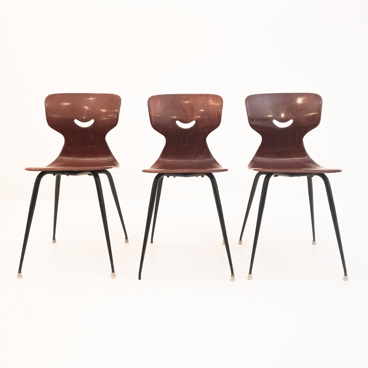 Set of 3 Pagholz chairs