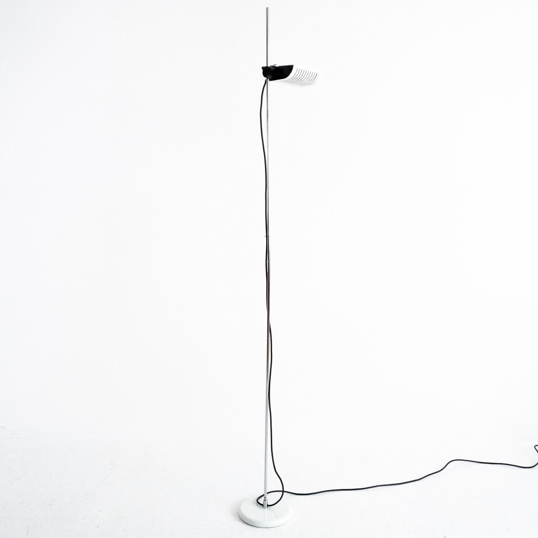 Lampada da terra 626 Design Joe Colombo per Oluce