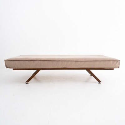Sofa Bench in iron and dove gray fabric