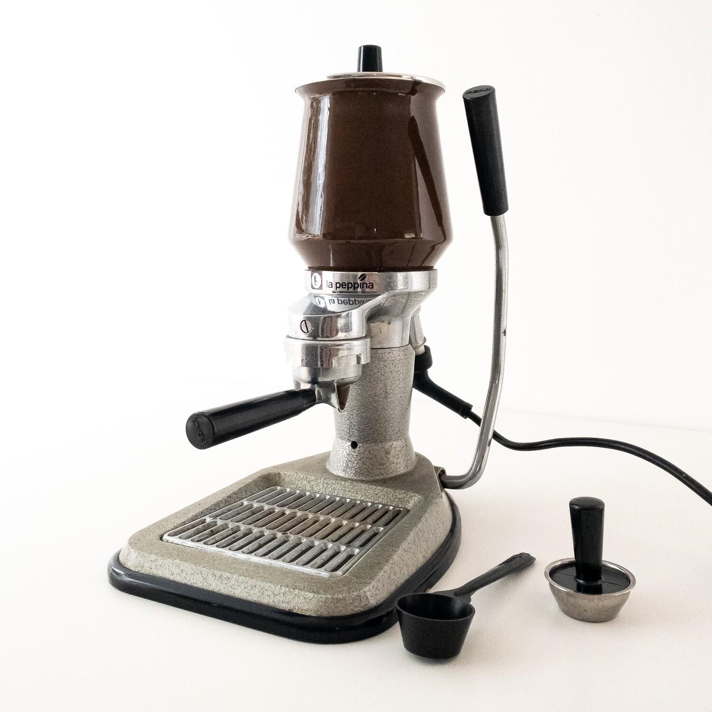 La Peppina lever coffee machine