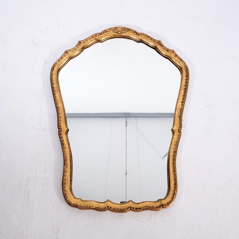 Specchiera in legno con cornice dorata