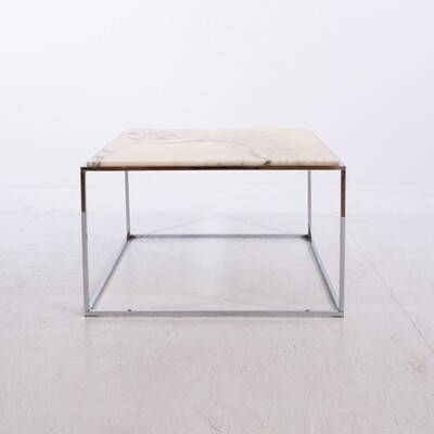 Coffee table in marble and steel
