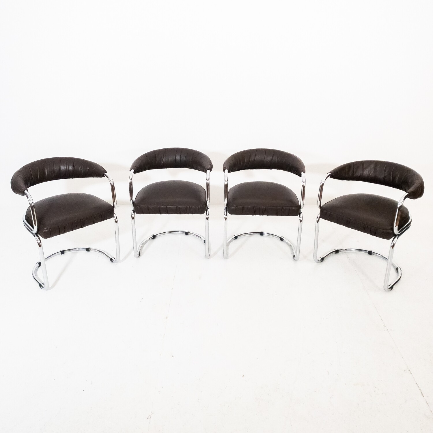 Set of 4 Giotto Stoppino style chairs