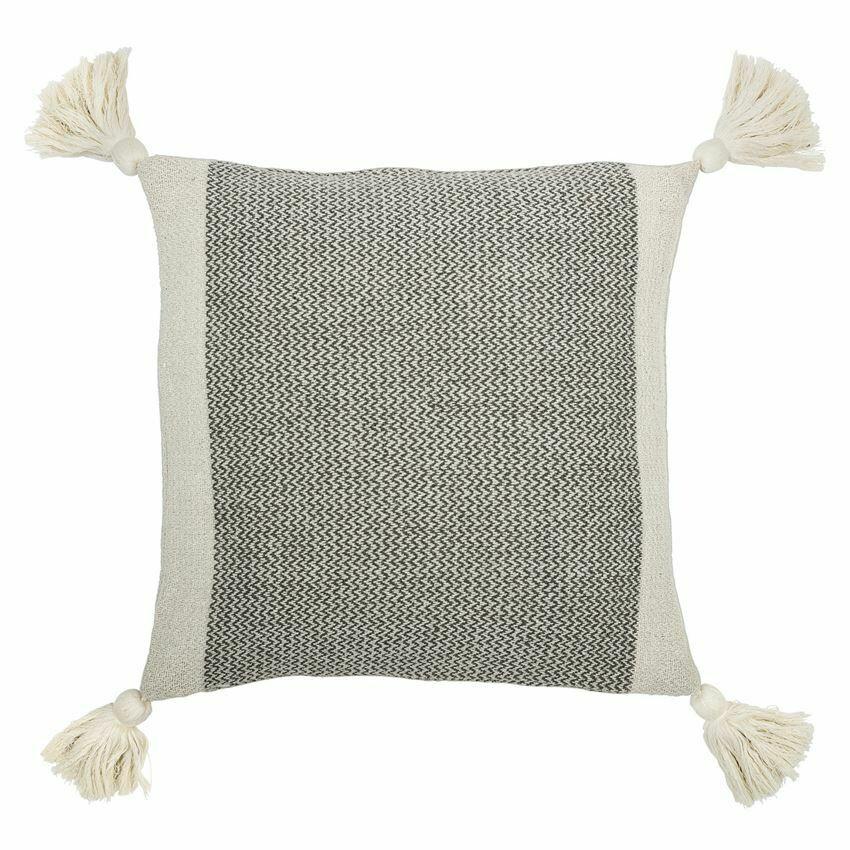 Devon Cotton Pillow W/ Tassels, 18x18