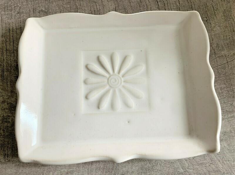 Daisy Soap Dish - Ivory
