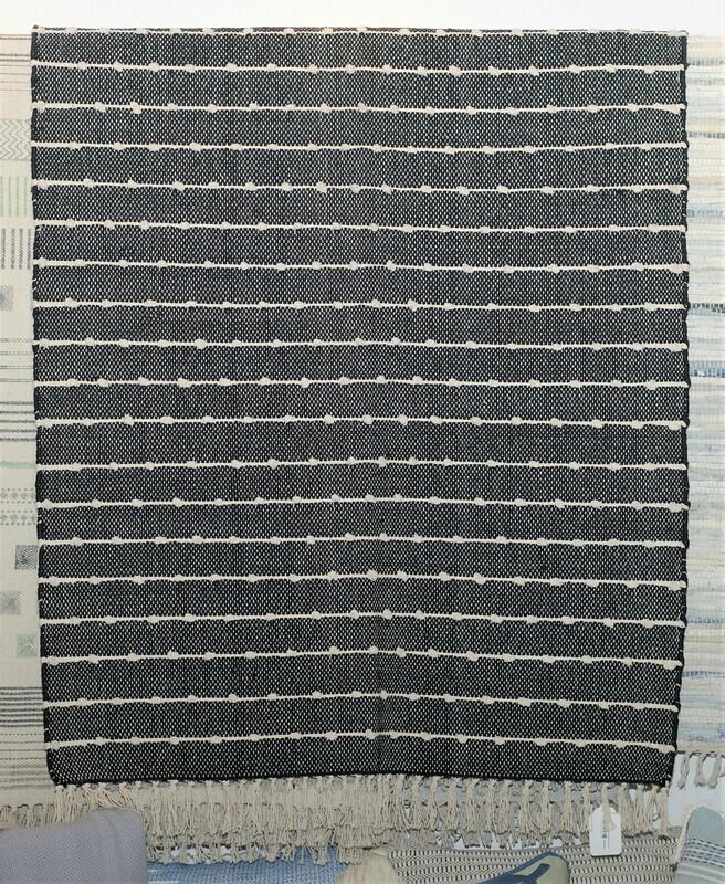 Hoopla Rug, Black 3x5