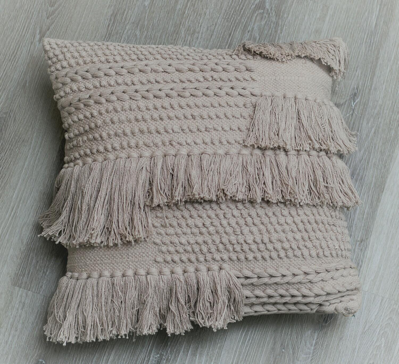 Bryn Pillow Greige 20x20