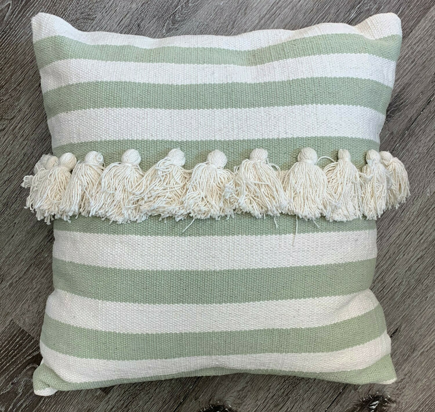 Minty Pillow, 20x20