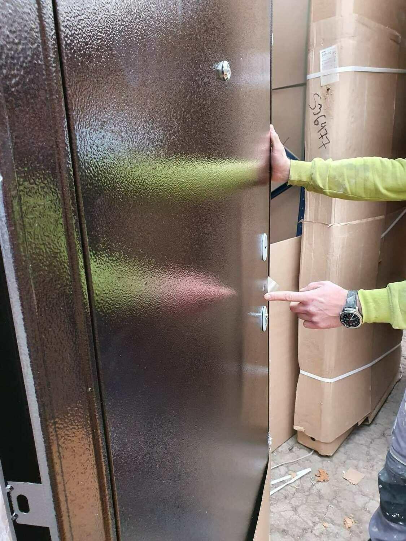 Металлическая дверь Бульдорс 10 960*2050 левая (новая) вмятина