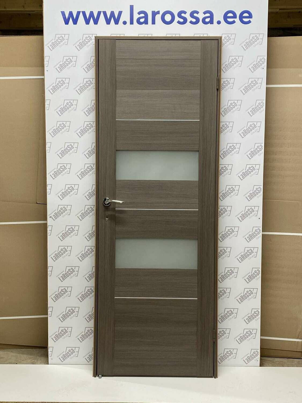 Дверь с коробкой ПВХ 01.05 дуб неаполь  750*2030 правая (образец 1)
