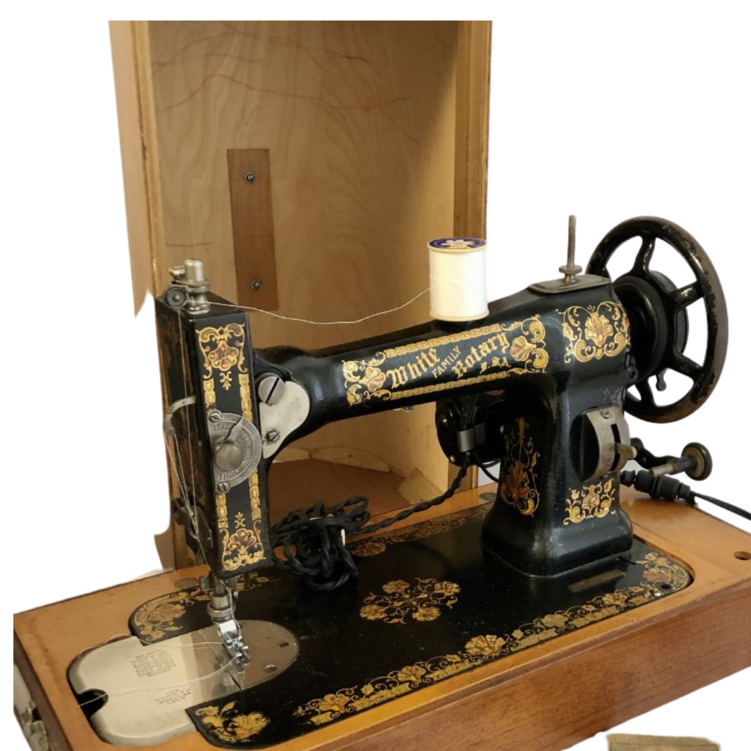 White Family Rotary Sewing Machine Circa 1908-1915 Excellent Working Condition with Wood Carrying Case