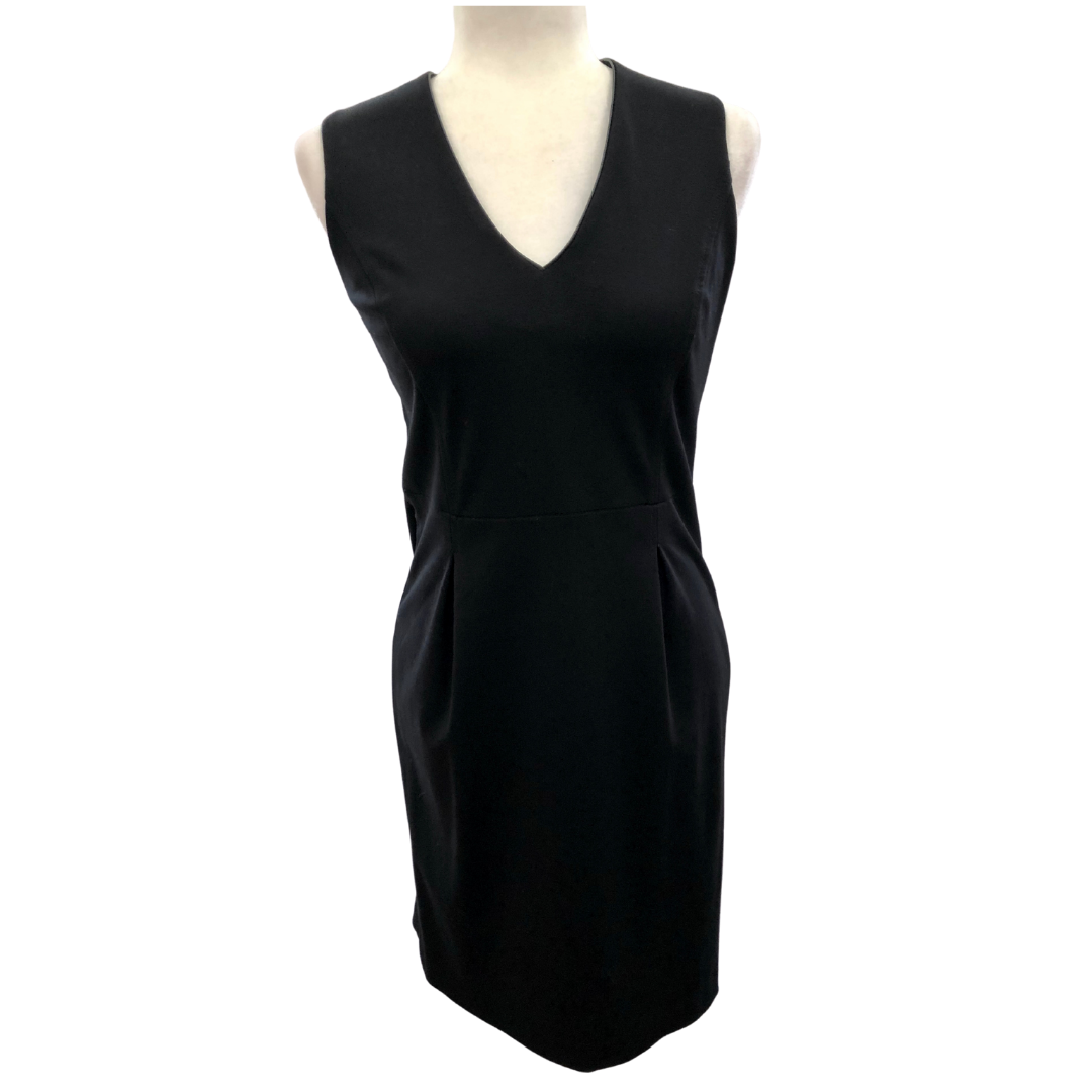 Banana Republic Petite Black Dress V-Ribbed Neckline with Pleats below the Waistline Women's 4