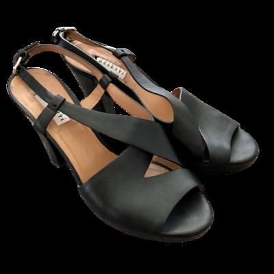 """Fratelli Rossetti Ankle Buckle 4"""" Heel Shoe Women's 8.5"""