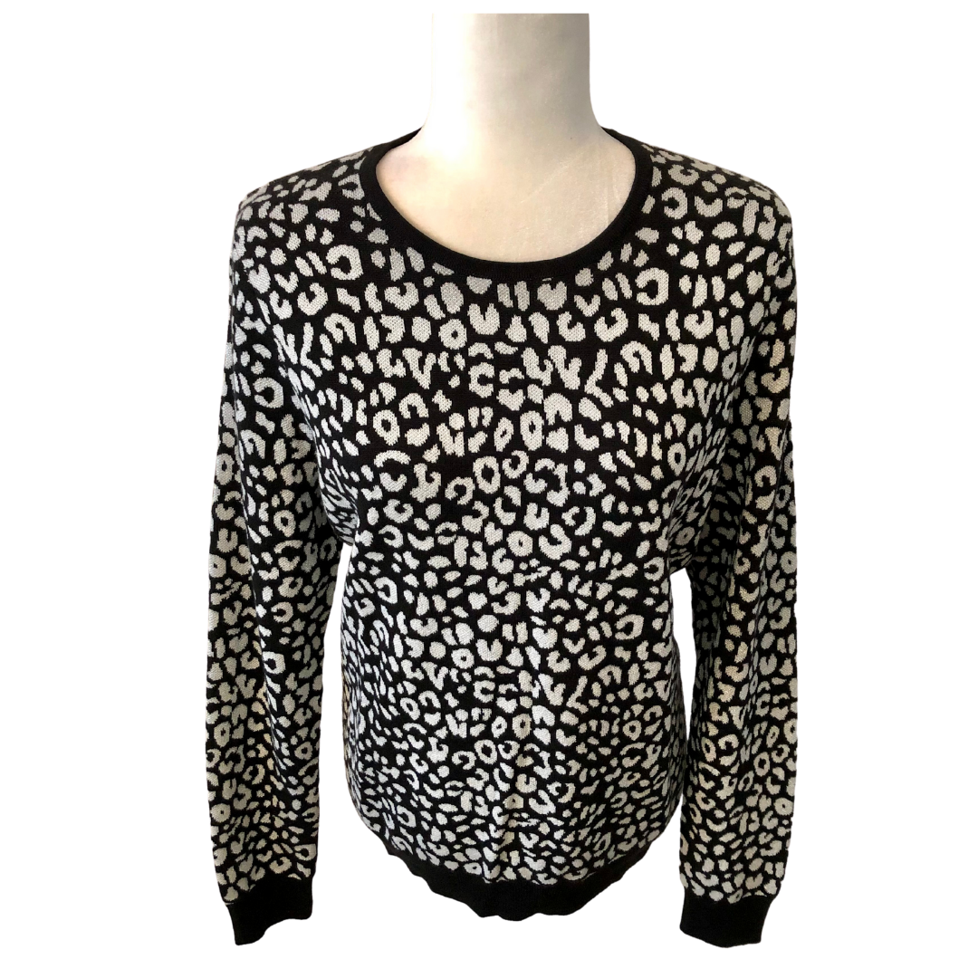 Ann Taylor Black & White with Silver Metallic Thread Sweater Women's Large