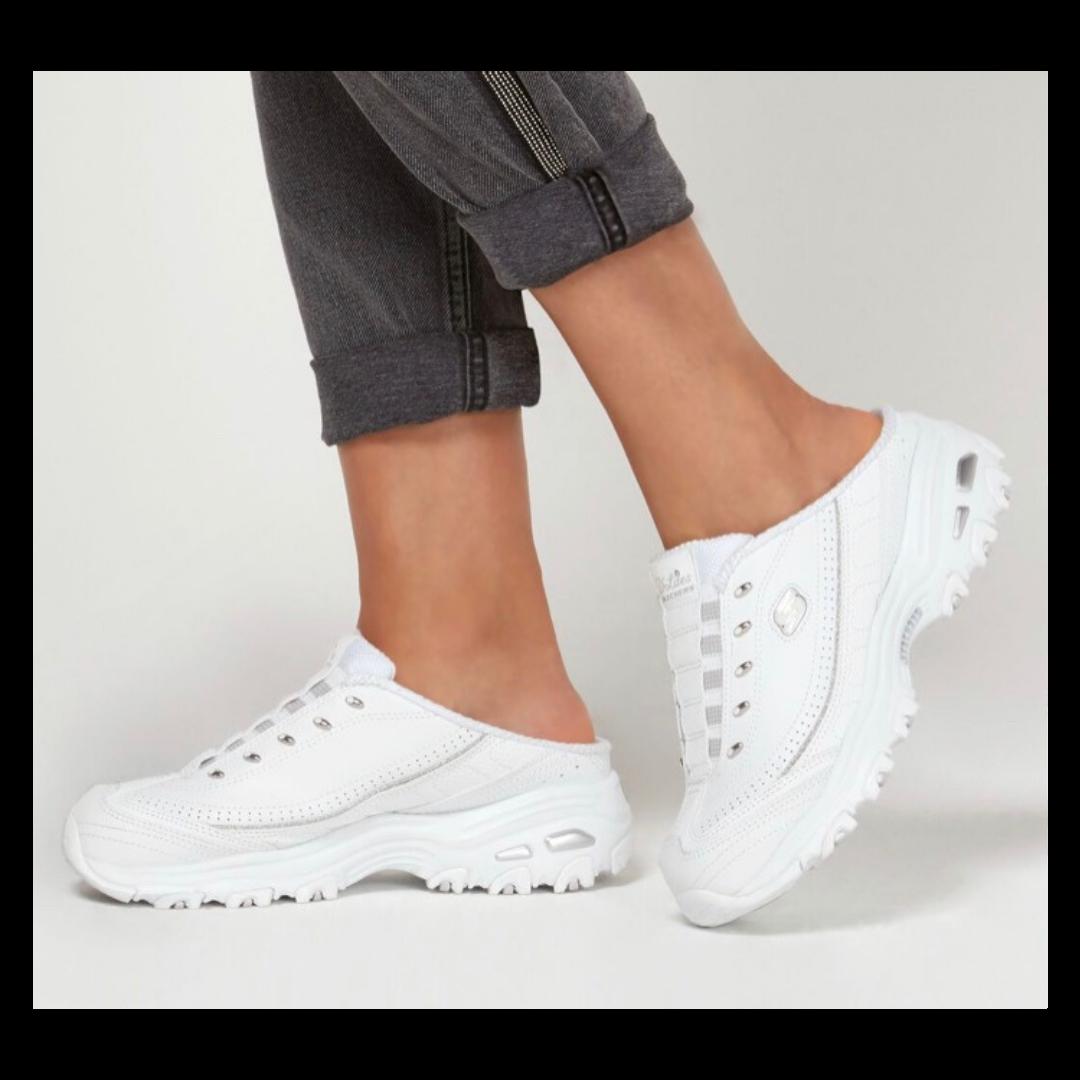 Skechers Air-Cooled Memory Foam D'Lites Women's 8.5