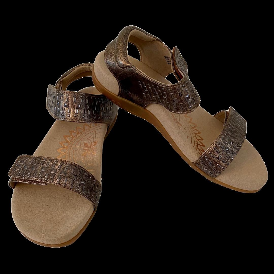 Aetrex Maria Studded Quarter Strap Bronze Sandal Shoe Women's 6-6.5