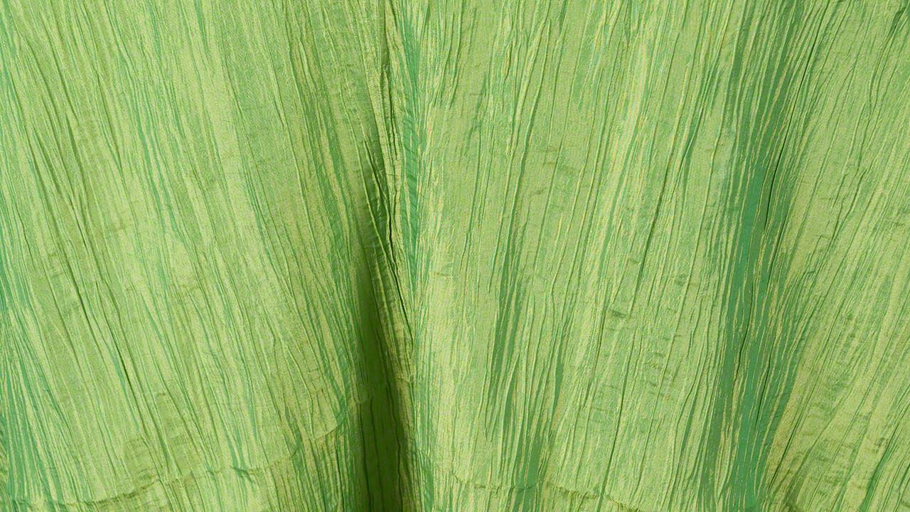 Apple Green Crinkle Taffeta 90