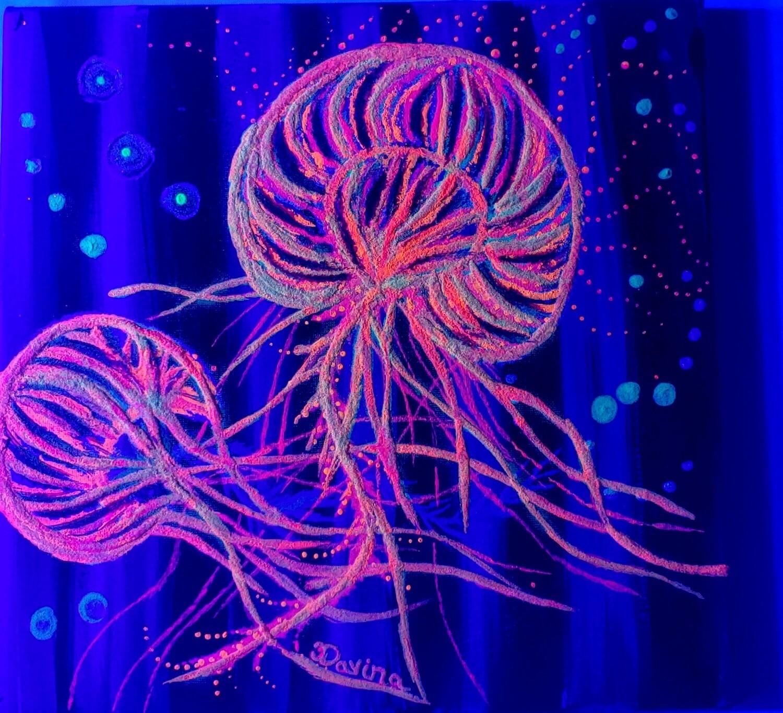 "Glow in the Dark ""Jellyfish"""
