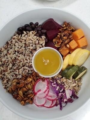 Quinoa Salad (32oz)