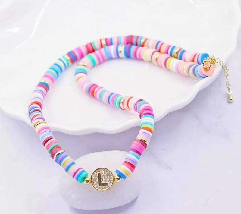 KL CANDY ROUND LETTER NECKLACE