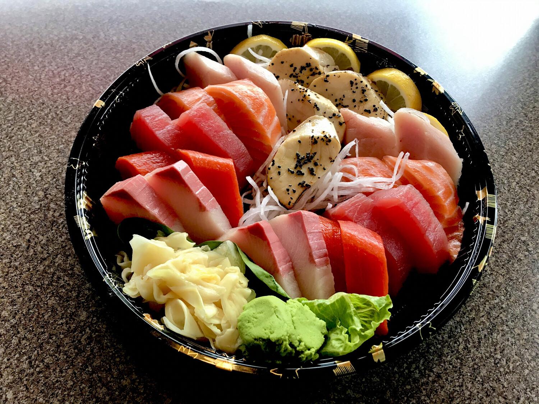 Assorted Sashimi (24P)