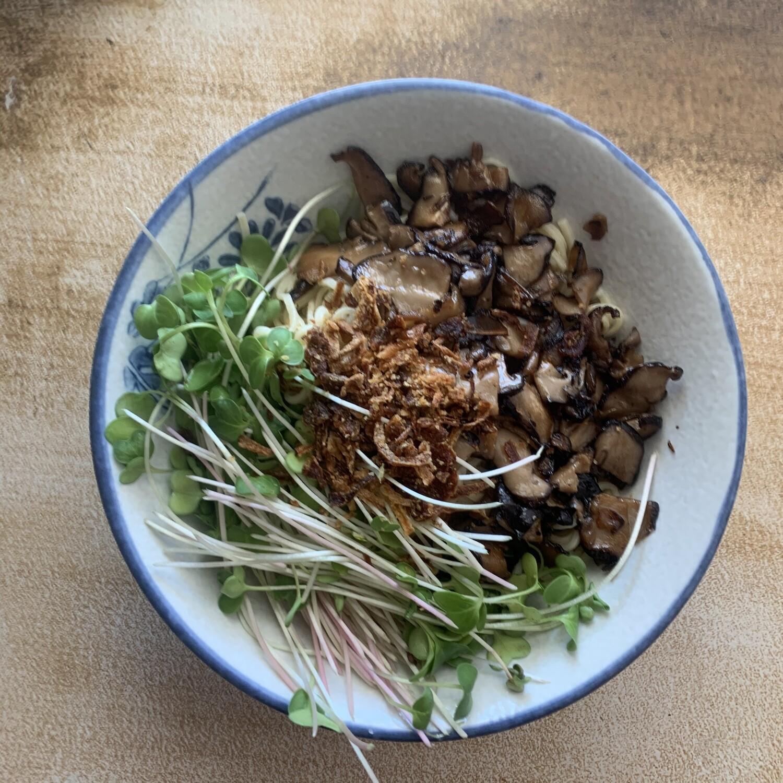 Fresh Mushroom Tsukemen