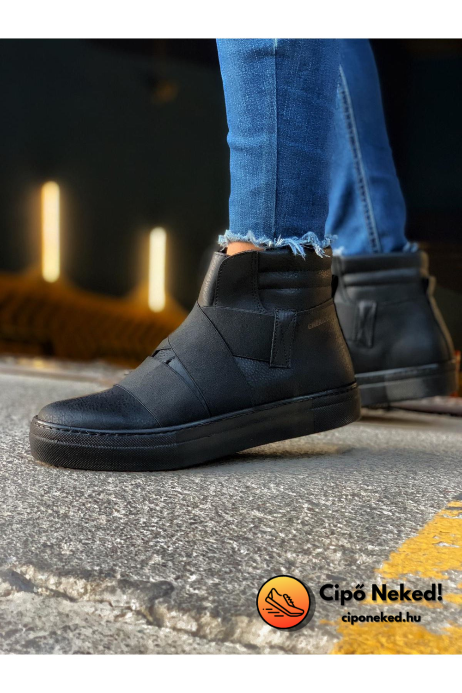 Astro Space Black Cipő