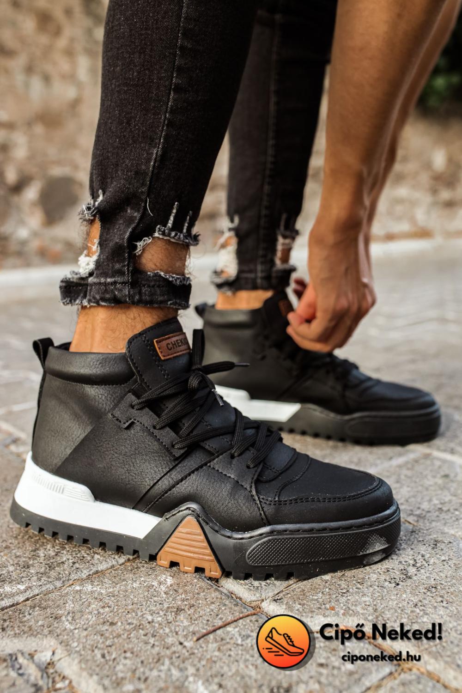 Urban Tactical Fekete Cipő