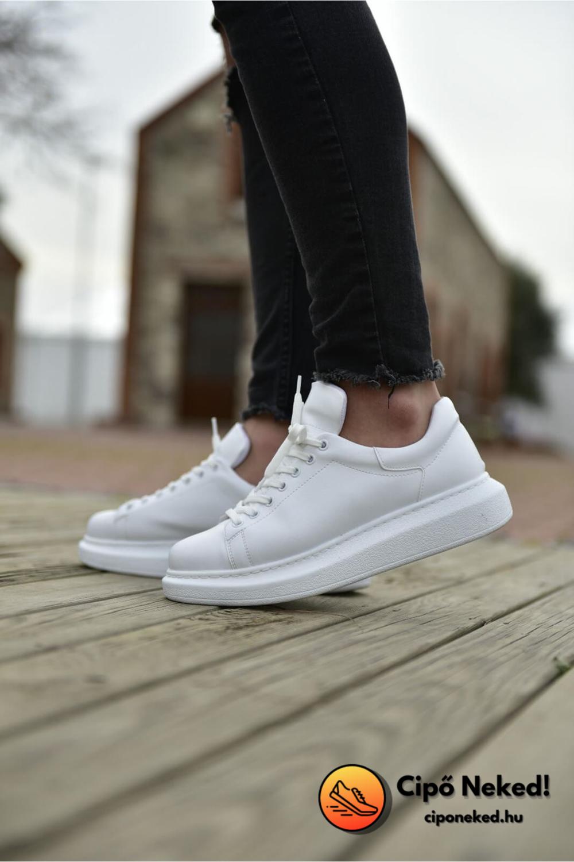 Iskender Fehér Cipő