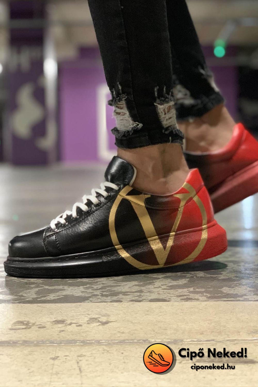 Black-Red Victory Cipő