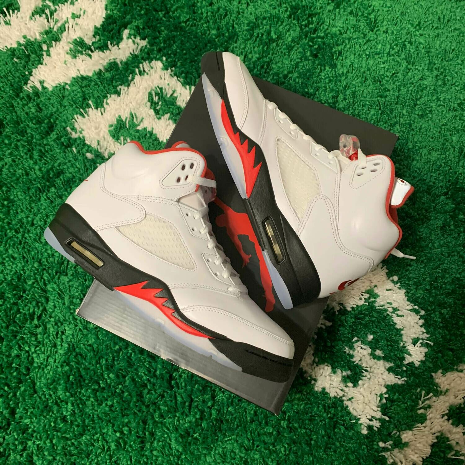 Air Jordan 5 Fire Red 2020 Size 10