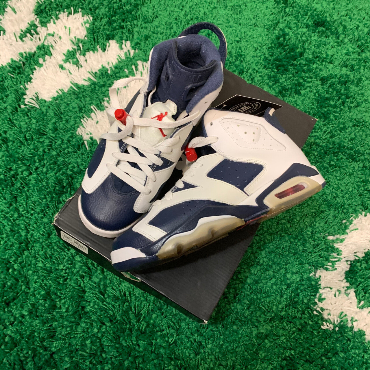 Air Jordan 6 Olympic 2012 GS Size 5Y